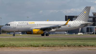 EC-MJC - Airbus A320-232 - Vueling