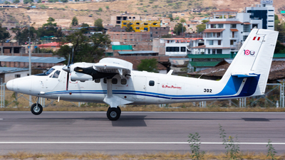 302 - Viking DHC-6-400 Twin Otter - Perú - Air Force