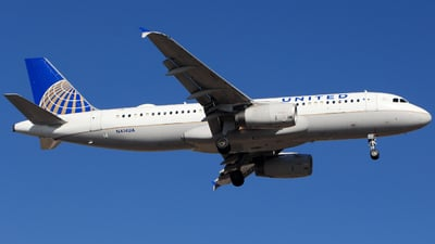 N414UA - Airbus A320-232 - United Airlines