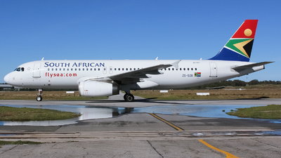 ZS-SZB - Airbus A320-232 - South African Airways