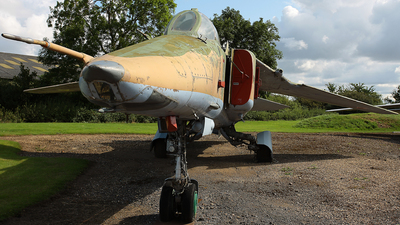 71 - Mikoyan-Gurevich MiG-27 Flogger - Russia - Air Force