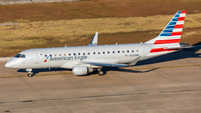 A picture of N239NN - Embraer E175LR - American Airlines - © Sweet Potato