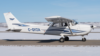 C-GYZA - Cessna 172N Skyhawk II - Springbank Air Training College