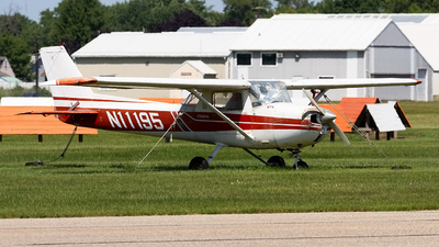 N11195 - Cessna 150L - Private