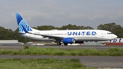 A picture of N77295 - Boeing 737824 - United Airlines - © Hansen Gt