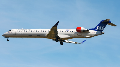 EI-FPB - Bombardier CRJ-900LR - Scandinavian Airlines (Cityjet)