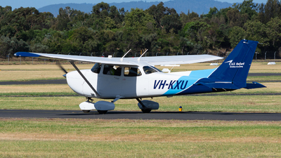 VH-KXU - Cessna 172S Skyhawk - Oxford Aviation Academy (Australia)