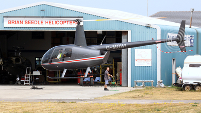 A picture of GMGWI - Robinson R44 Astro - [0663] - © DarrenWilson