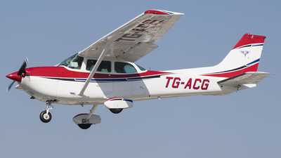 TG-ACG - Cessna R172K Hawk XP II - Private