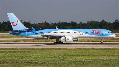 N237SA - Boeing 757-28A - TUI