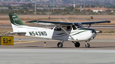N543ND - Cessna 172S Skyhawk SP - University Of North Dakota