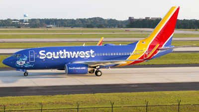 N553WN - Boeing 737-7BX - Southwest Airlines