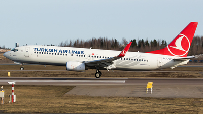 A picture of TCJVF - Boeing 7378F2 - Turkish Airlines - © Teemu Pesonen