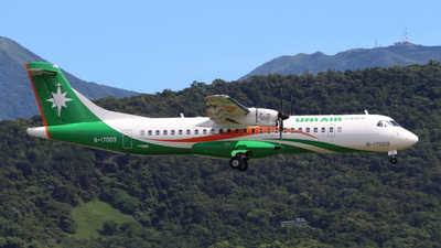 A picture of B17009 - ATR 72600 - UNI Air - © Yoyo Hsiao
