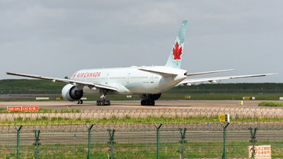 A picture of CFKAU - Boeing 777333(ER) - Air Canada - © leohuang