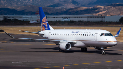 A picture of N87339 - Embraer E175LR - United Airlines - © Rodrigo Ehnis Borja