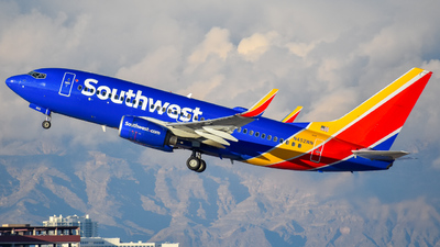 N452WN - Boeing 737-7H4 - Southwest Airlines