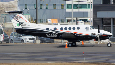 A picture of N24BG - Beech B200 Super King Air - [BB1045] - © Guy Langlois