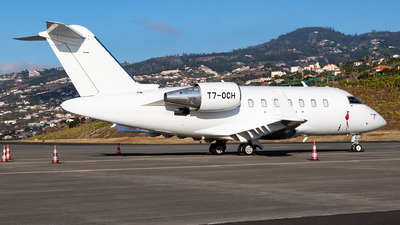 T7-OCH - Bombardier CL-600-2B16 Challenger 605 - ExecuJet Europe