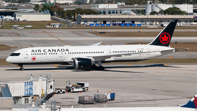 A picture of CFRSR - Boeing 7879 Dreamliner - Air Canada - © Mark Lawrence