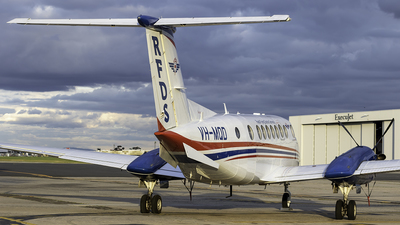 VH-MQD - Beechcraft B300C King Air 350C - Royal Flying Doctor Service of Australia (SE Section)