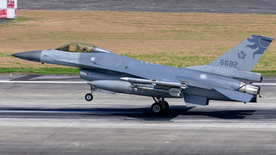 6682 - General Dynamics F-16AM Fighting Falcon - Taiwan - Air Force