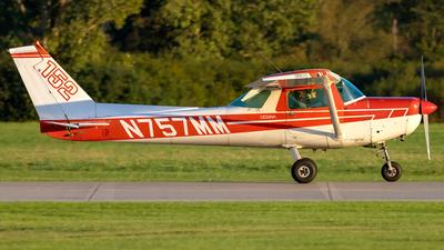 N757MM - Cessna 152 - Ann Arbor Aviation Center