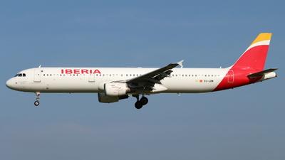 A picture of ECJZM - Airbus A321212 - Iberia - © Marcel Schmidt
