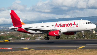 A picture of N491TA - Airbus A320233 - Avianca - © Alfredo La Red