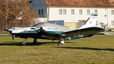HA-YCS - Piper PA-34-220T Seneca III - Private