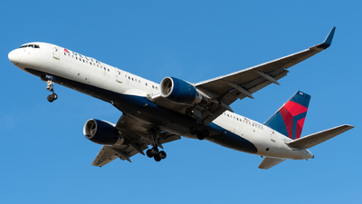 A picture of N669DN - Boeing 757232 - Delta Air Lines - © Kerrigan_Aviation_NJ