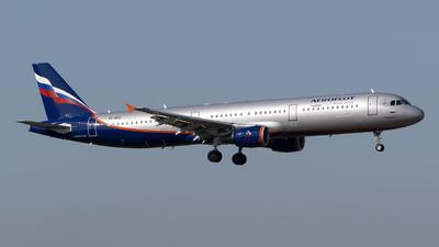 VP-BOC - Airbus A321-211 - Aeroflot