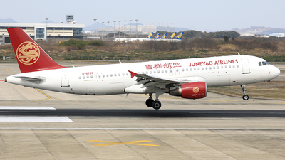 A picture of B6735 - Airbus A320214 - Juneyao Airlines - © Qiao Zheng