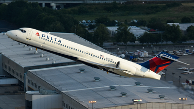 A picture of N982AT - Boeing 7172BD - Delta Air Lines - © Kyle Mahar
