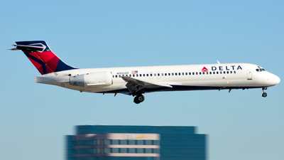N952AT - Boeing 717-2BD - Delta Air Lines