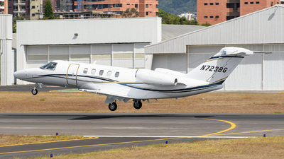 N723BG - Cessna 525C CitationJet 4 - Private