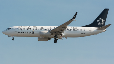 N26210 - Boeing 737-824 - United Airlines