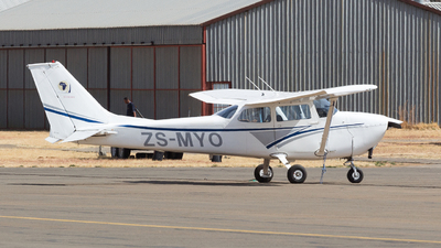 ZS-MYO - Cessna 172L Skyhawk - Private