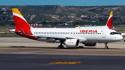EC-MXY - Airbus A320-251N - Iberia