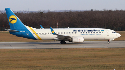 UR-PSH - Boeing 737-85R - Ukraine International Airlines