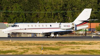 A picture of N313QS - Cessna 680 Citation Sovereign - NetJets - © SpotterPowwwiii