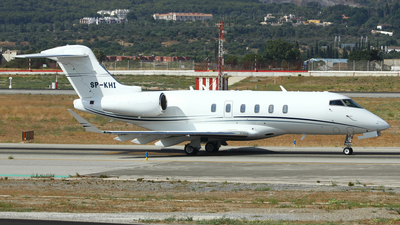 SP-KHI - Bombardier BD-100-1A10 Challenger 350 - Jet Story