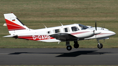 D-GAHB - Piper PA-34-220T Seneca III - Private