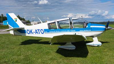 OK-ATO - Robin DR400/180R Remorqueur - Aero Club - Tabor