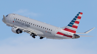 A picture of N255NN - Embraer E175LR - American Airlines - © Mike MacKinnon