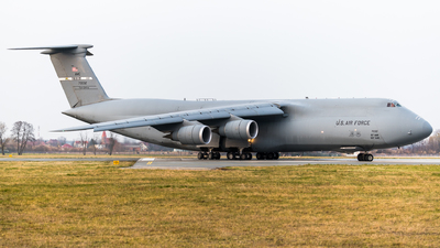 87-0032 - Lockheed C-5M Super Galaxy - United States - US Air Force (USAF)