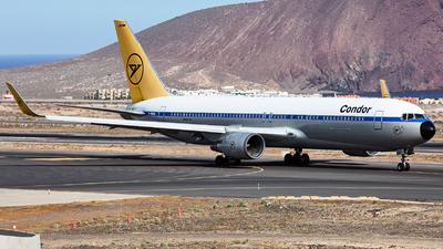 A picture of DABUM - Boeing 76731B(ER) - Condor - © Román A. Pérez