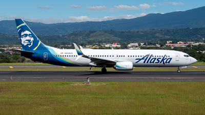 A picture of N448AS - Boeing 737990(ER) - Alaska Airlines - © Cristian Quijano