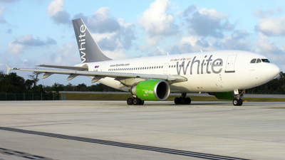 CS-TDI - Airbus A310-304 - White Airways
