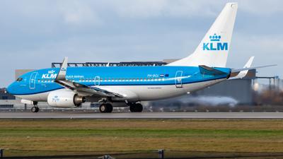 PH-BGL - Boeing 737-7K2 - KLM Royal Dutch Airlines